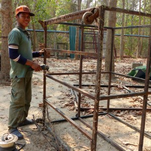 eulen-kambodscha-kaefigbau-volierennetze