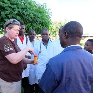 tierärztin-michaele-kollmeyer-malawi-workshop