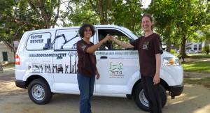 sloth-rescue-mobil-car-surinam-welttierschutzgesellschaft-325x325