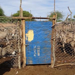soforthilfe-tansania-gehege-fuer-esel-325x325