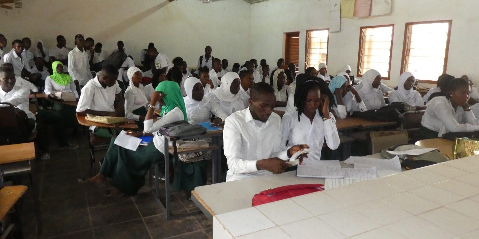 In Gambia fand das erste Projekte statt.