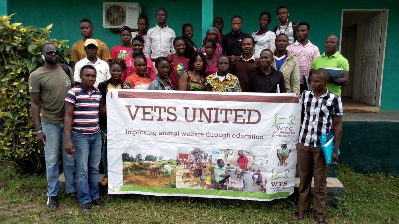 Tierschutzbildung in Liberia